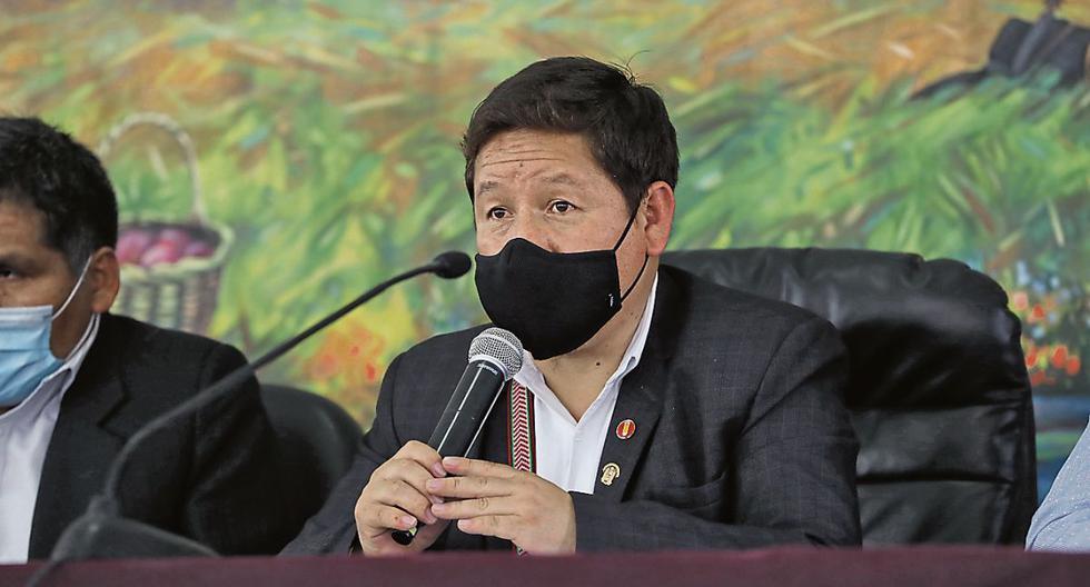 El primer ministro Guido Bellido conminó al Consorcio Camisea a negociar. Previamente había anunciado que el Gobierno repotenciaría Petro-Perú para hacerlo ingresar a toda la cadena del gas y el petróleo (Foto: PCM)