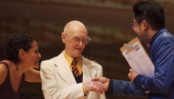 Don James McManus, con 99 años, participó en la más reciente edición del Mundial de Tango realizado en Buenos Aires, Argentina | Foto: Captura de video Facebook / Festivales de Buenos Aires
