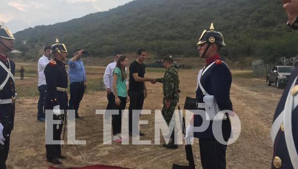 Juan Guaidó recibió honores militares una vez cruzó la frontera hacia Colombia. (Foto: El Tiempo).