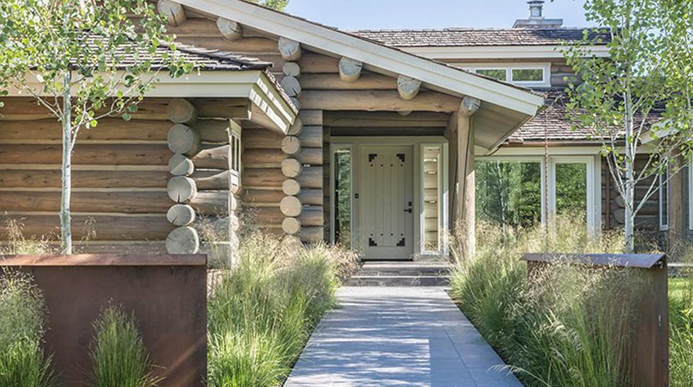 ¿Se puede transformar una rustica cabaña en una casa contemporánea? El proyecto Yelowbell demuestra que con creatividad y mucho esfuerzo todo es posible. (Foto: clbarchitects.com)