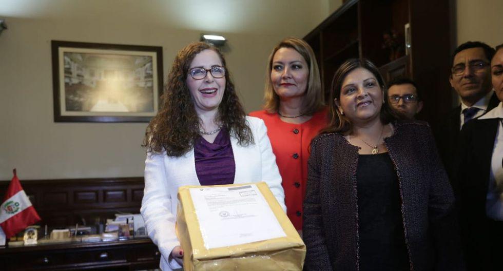 Rosa Bartra, actual representante de Fuerza Popular en la Comisión Permanente, entregó el informe final de la Comisión Lava Jato el 20 de setiembre de 2018. (Foto: GEC)