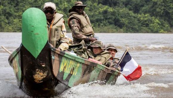 La Legión Extranjera Francesa, junto a otros organismos de defensa, combate la minería ilegal.
