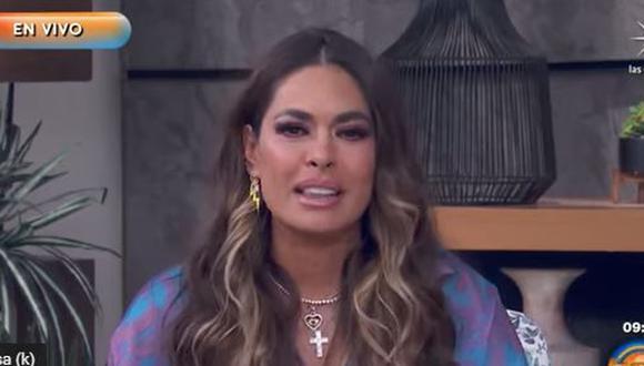 Galilea Montijo, en medio de lágrimas, confirmó que su padre murió a causa del COVID-19. (Foto: Captura de YouTube)
