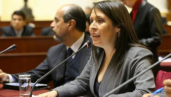 Suspenden debate del proyecto de Vilcatoma sobre procuraduría