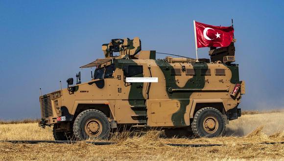 Turquía inició la operación militar contra los kurdos en el norte de Siria. (AFP / Delil SOULEIMAN).