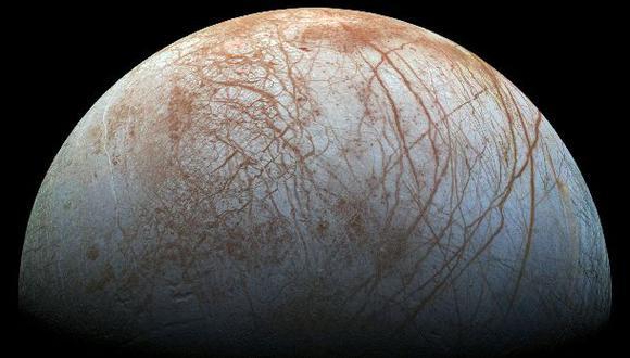 Detectan posibles columnas de vapor de agua en luna de Júpiter