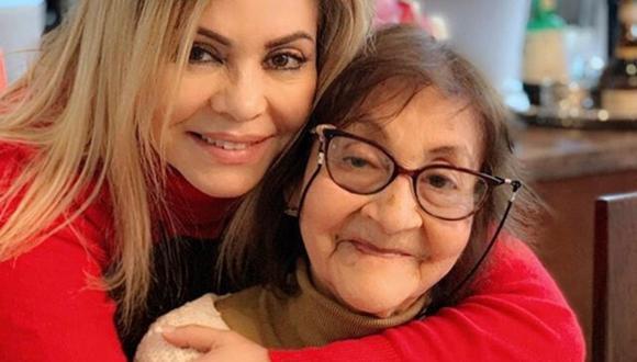 La empresaria Gisela Valcárcel señaló que su madre ya se encuentra en casa recibiendo los cuidados que merece como adulto mayor. (@giselavalcarcelperu).