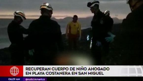 Agentes de la Unidad de Salvataje de la Policía recuperó cuerpo de niño. (Foto: Captura América Noticias)