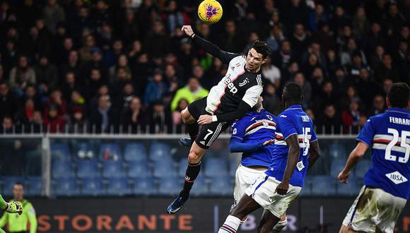 Cristiano Ronaldo volvió a dar que hablar el último miércoles, tras marcar, previo salto espectacular, un golazo a la Sampdoria por la Serie A. (Foto: AP)