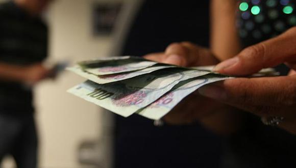 Cuatro razones para ahorrar en una institución financiera