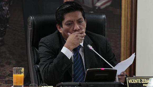 Zeballos: Regiones aún aceptarían cartas fianza de Coopex