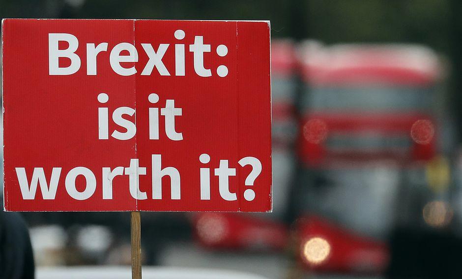 El Brexit ha levantado muchas preguntas en el pueblo británico. (Foto: AP)