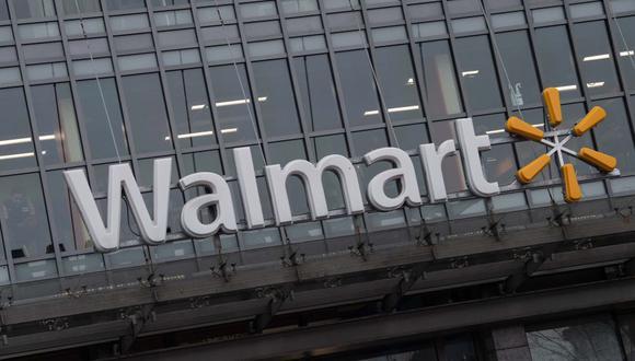 La mayor cadena de supermercados de Estados Unidos Walmart obligará a todos sus clientes a llevar mascarillas a partir del 20 de julio por el coronavirus. (Foto: NICHOLAS KAMM / AFP).