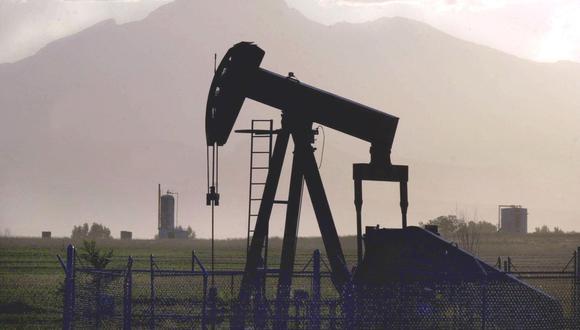 El petróleo anotó una fuerte caída tras el anuncio de Donald Trump sobre aranceles a China. (Foto: AP)