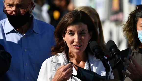 """La gobernadora de Nueva York Kathy Hochul dice que el estado es """"refugio seguro"""" para aborto. (MANDEL NGAN / AFP)."""
