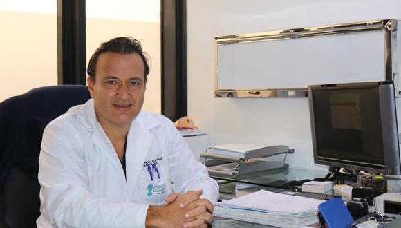 El cirujano oncólogo Mauricio León Rivera dice que se ha avanzado en tratamientos, aunque falta una real cultura de prevención. (Foto: Archivo personal)