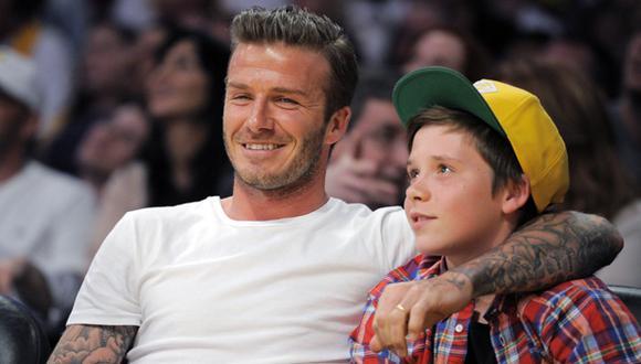 El hijo mayor de los Beckham consiguió trabajo como mesero