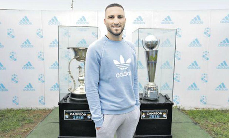 El goleador argentino ve con agrado la posibilidad de retirarse en Sporting Cristal y no oculta su interés en ser convocado a la selección apenas obtenga la nacionalidad. (Foto: El Comercio)