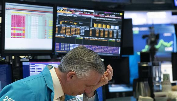 Wall Street abrió este lunes con claras pérdidas. (Foto: AP)