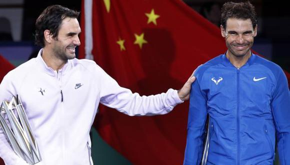 Roger Federer y Rafael Nadal en el 2018 tras el torneo de China. (Foto: AP)