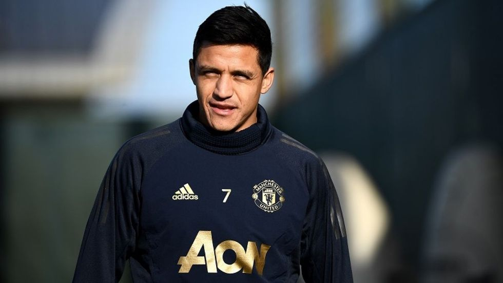 """""""Me gustaría haber traído más alegría al club"""", indicó con mucha tristeza Alexis Sánchez, uno de los refuerzos deslucidos del Manchester United. (Foto: AFP)"""