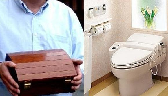 Japonés tiró las cenizas de su difunta esposa al inodoro
