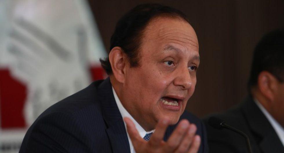 """""""Desde la comisión vamos a hacer todos los esfuerzos para cerrar con éxito la consecución de la JNJ"""", indicó Walter Gutiérrez. (Foto: GEC)"""