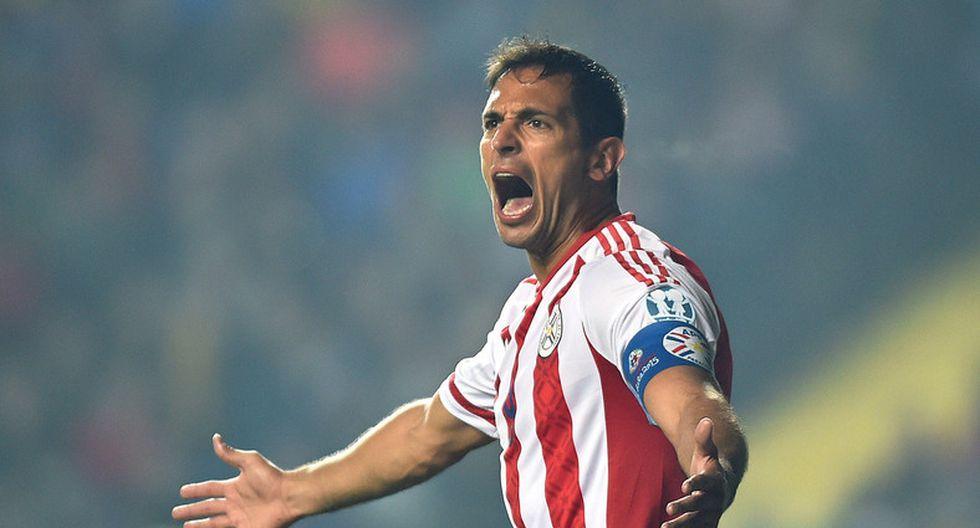 Roque Santa Cruz se retiró de la selección paraguaya un 10/11/16. (Foto: AFP)