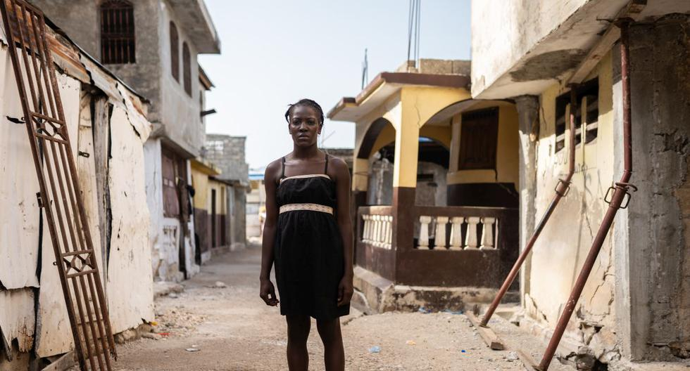 A sus 24 años, Mélienne ya ha sufrido la pérdida de un hijo. Su bebé de 18 meses falleció durante el terremoto de magnitud 7,2 que impactó Haití. Juan Haro, especialista en comunicaciones de Unicef, nos permitió conocer su historia y la situación del país a un mes de la tragedia.  (Foto: Juan Haro / Unicef)