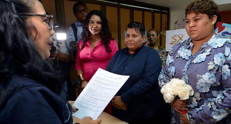 La ciudad de Guayaquil acogió el primer matrimonio entre personas del mismo sexo en Ecuador. (Foto: AFP)