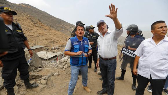 Jorge Muñoz estuvo en la operación de desalojo de invasores. (Foto: Difusión)