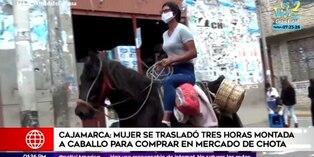 Coronavirus en Perú: Mujer se traslada en caballo para comprar en mercado de Cajamarca