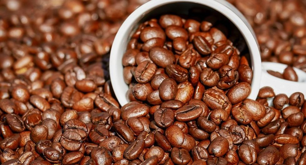 Hacia el 2021 el Perú se ha propuesto alcanzar un consumo de 1 kilo de café per cápita por año, de acuerdo a Promperú. Hoy se estima que se toman 650 gramos, de los cuales la mitad corresponde a café instántáneo y soluble, según Central Café y Cacao, que agrupa a 13 cooperativas cafetaleras en el norte, centro y sur del país.