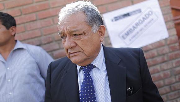 """Ex procurador Galindo se enteró de su salida por """"El Peruano"""""""