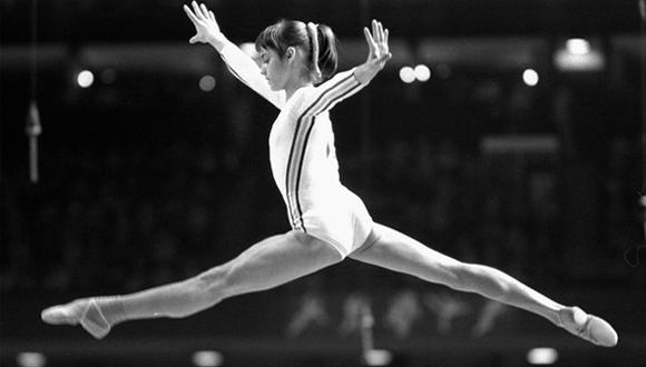 Así ocurrió:En 1976 la gimnasta Nadia Comaneci logra 10 puntos
