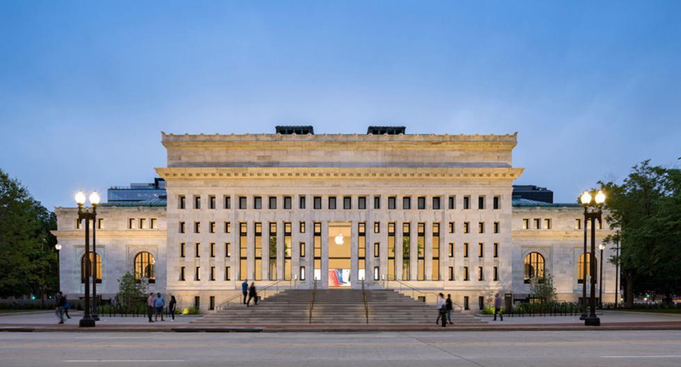 Después de un período de abandono, la antigua biblioteca de Washington se convirtió en una tienda de Apple tras pasar por un proceso de remodelación. (Foto: Foster + Partners)
