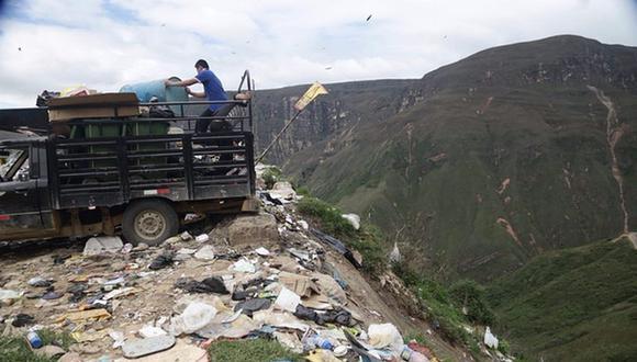 Las municipalidades distritales de Huancas y de Chachapoyas disponen de sus residuos sólidos en el botadero. (GEC)