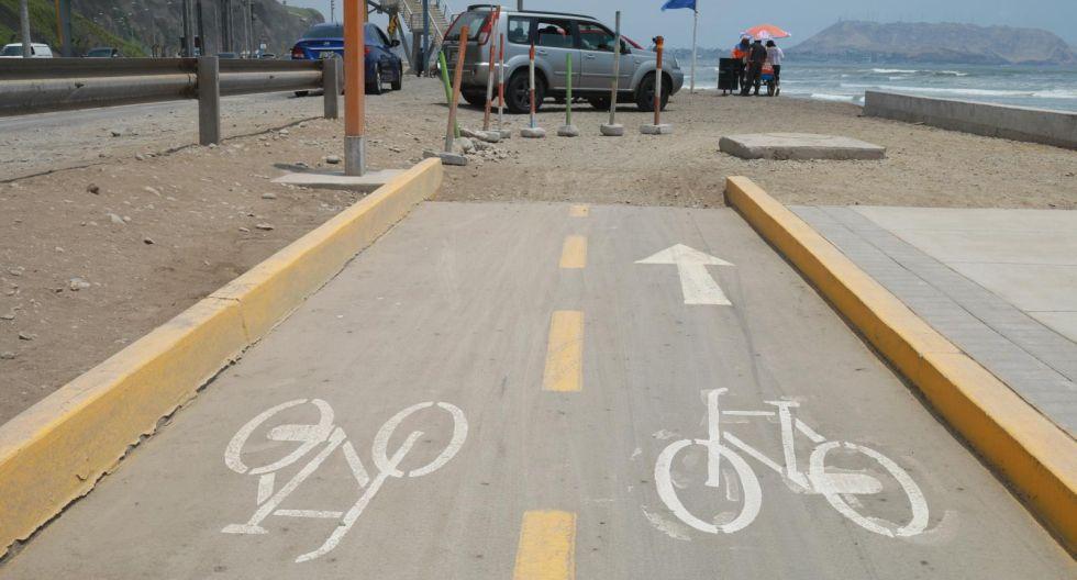 En la Costa Verde se puede encontrar una red de ciclovía inconclusa que lleva a ninguna parte al ciclista. (Foto: Juan Ponce)