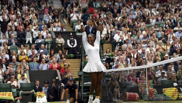 Williams y la felicitación de Graf tras igualarla en Wimbledon
