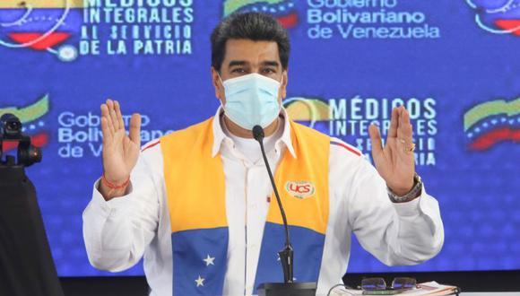 """""""Estamos tomando una medida que hemos visualizado, necesaria y posible, a tiempo"""", expresó Nicolás Maduro. (EFE/PRENSA MIRAFLORES)."""