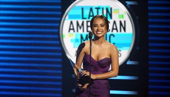 Becky G durante los Latin American Music de 2018. Foto: AFP