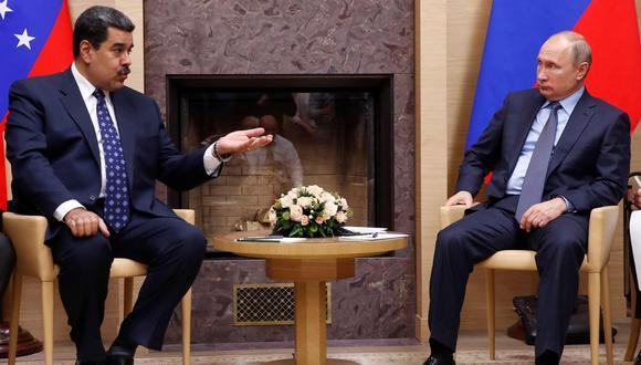Nicolás Maduro y Vladimir Putinen una imagen del 5 de diciembre del 2018 en Rusia. (EFE/ Maxim Shemetov/pool).