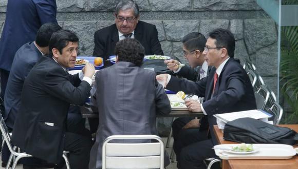 Hace más de una semana, César Hinostroza y ex consejeros del CNM fueron al Congreso para brindar sus descargos (Foto: Antonhy Niño de Guzmán)