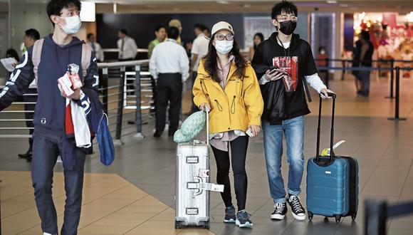 Los turistas deberán sustentar que están inmunizados con un documento. (Foto: GEC | Joel Alonzo)