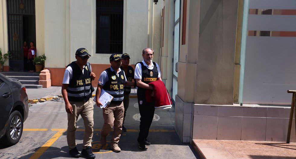 Yehude Simon fue trasladado este martes a Medicina Legal y posteriormente a la Diviac. (Foto: Hugo Curotto / GEC)