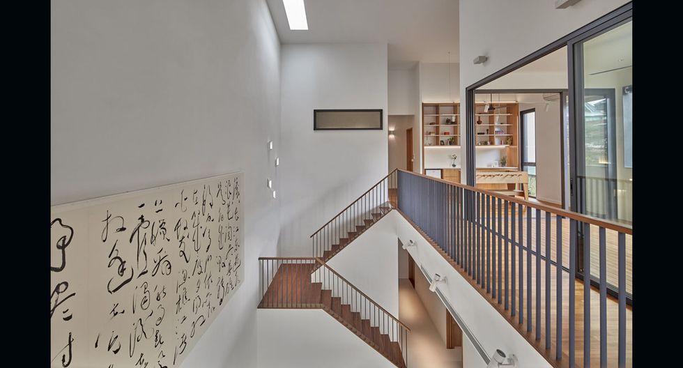 La gran altura del techo (8 metros) permite que los espacios luzcan más amplios. (Foto: Masano Kawana /atelier-ma.com)