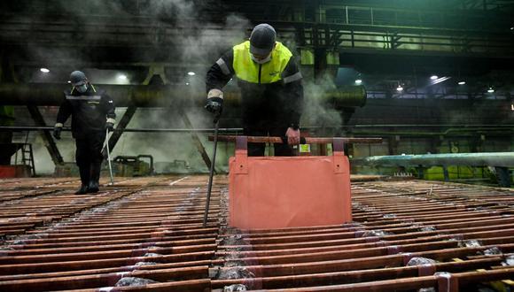 El cobre a tres meses en la LME perdía un 0,36%. (Foto: AFP)