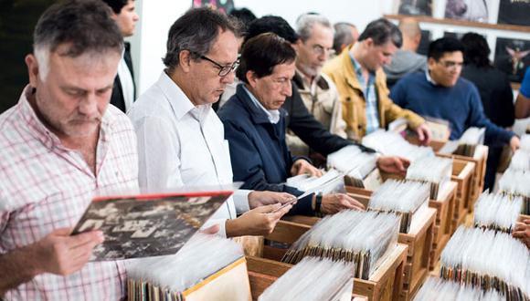 Mercado de tornamesas y discos de vinilo en Lima está en auge