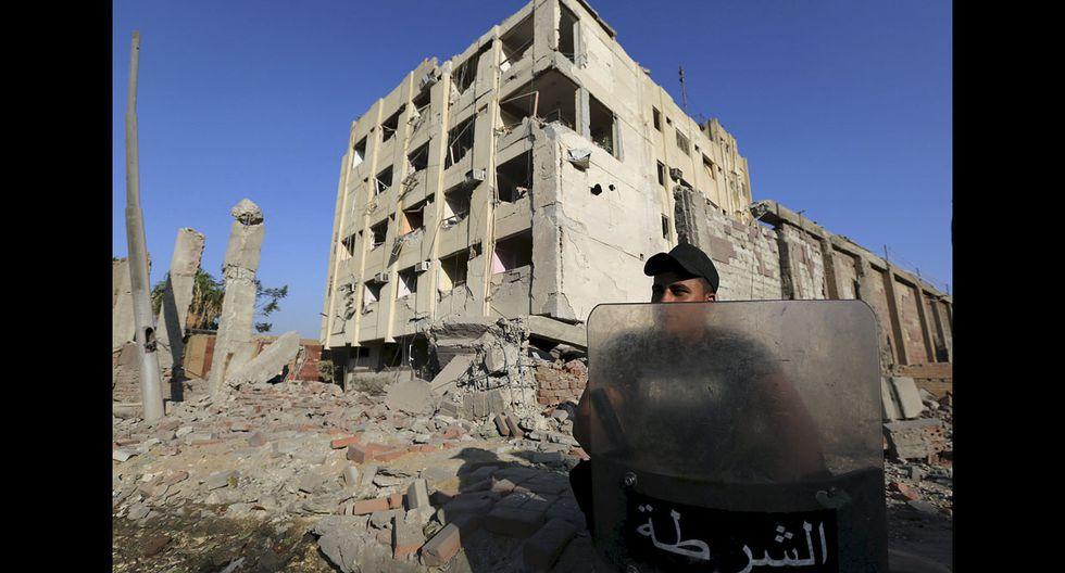 Egipto: Estado Islámico hace estallar coche bomba en El Cairo - 12