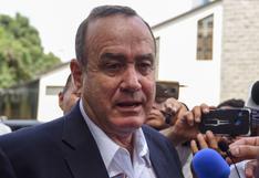 Presidente de Guatemala invoca Carta Democrática Interamericana de la OEA ante crisis